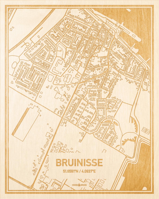 Het wegennet van de plattegrond Bruinisse gegraveerd in hout. Het resultaat is een prachtige houten kaart van een van de mooiste plekken uit Zeeland voor aan je muur als decoratie.