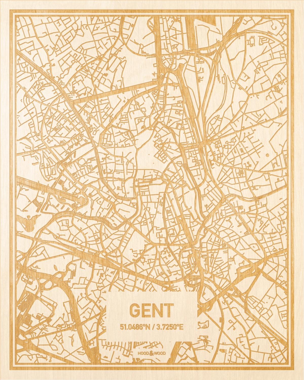 Het wegennet van de plattegrond Gent gegraveerd in hout. Het resultaat is een prachtige houten kaart van een van de gezelligste plekken uit Oost-Vlaanderen  voor aan je muur als decoratie.