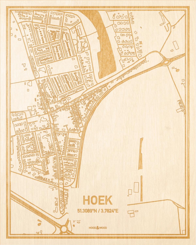 Het wegennet van de plattegrond Hoek gegraveerd in hout. Het resultaat is een prachtige houten kaart van een van de leukste plekken uit Zeeland voor aan je muur als decoratie.