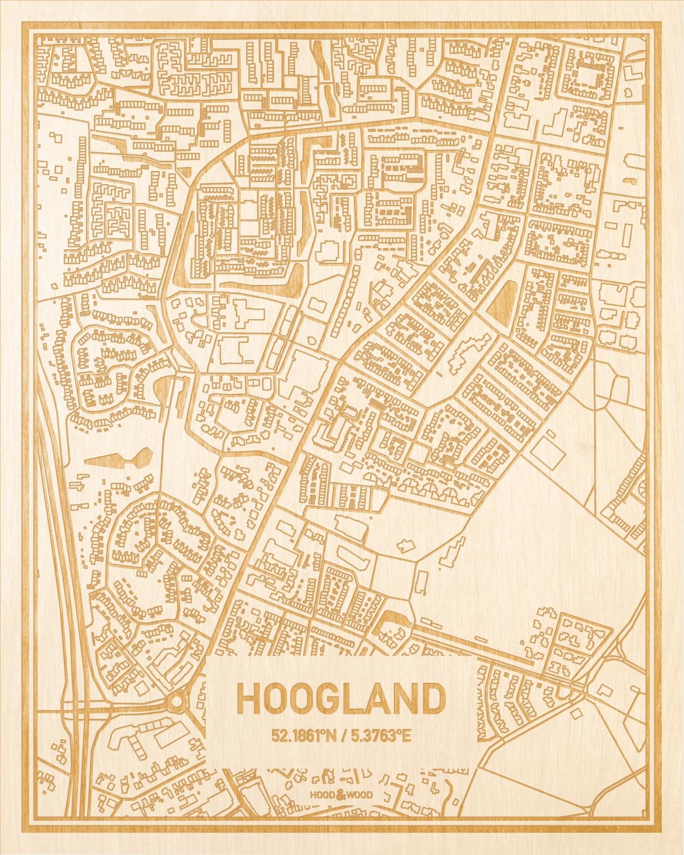 Het wegennet van de plattegrond Hoogland gegraveerd in hout. Het resultaat is een prachtige houten kaart van een van de mooiste plekken uit Utrecht voor aan je muur als decoratie.