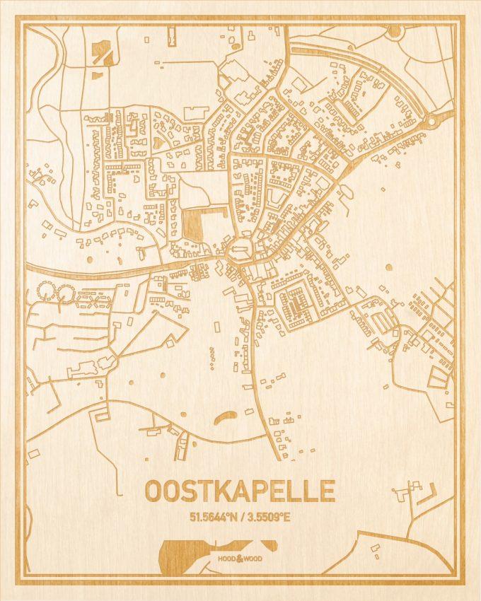Het wegennet van de plattegrond Oostkapelle gegraveerd in hout. Het resultaat is een prachtige houten kaart van een van de mooiste plekken uit Zeeland voor aan je muur als decoratie.