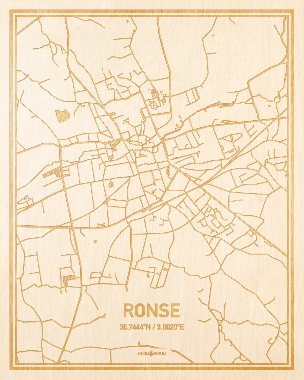 Het wegennet van de plattegrond Ronse gegraveerd in hout. Het resultaat is een prachtige houten kaart van een van de gezelligste plekken uit Oost-Vlaanderen  voor aan je muur als decoratie.