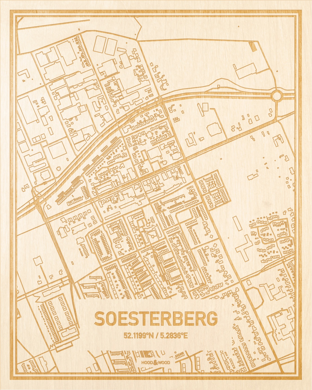 Het wegennet van de plattegrond Soesterberg gegraveerd in hout. Het resultaat is een prachtige houten kaart van een van de leukste plekken uit Utrecht voor aan je muur als decoratie.
