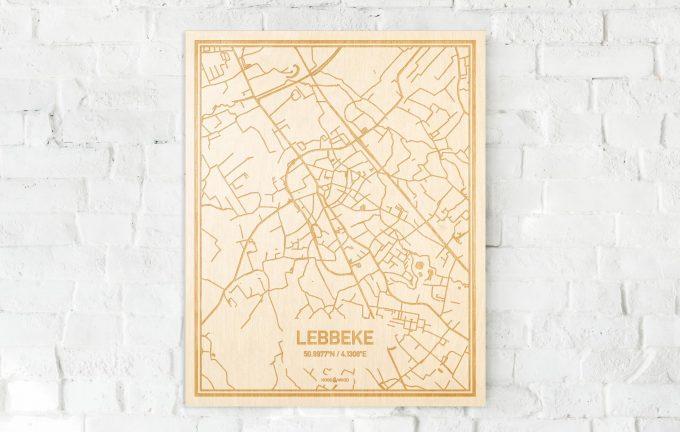 De kaart Lebbeke aan een witte bakstenen muur. Prachtige persoonlijke muurdecoratie. Lasers graveren Lebbeke haar straten, buurten en huizen waardoor een stijlvolle plaats in Oost-Vlaanderen  mooi in kaart gebracht wordt.