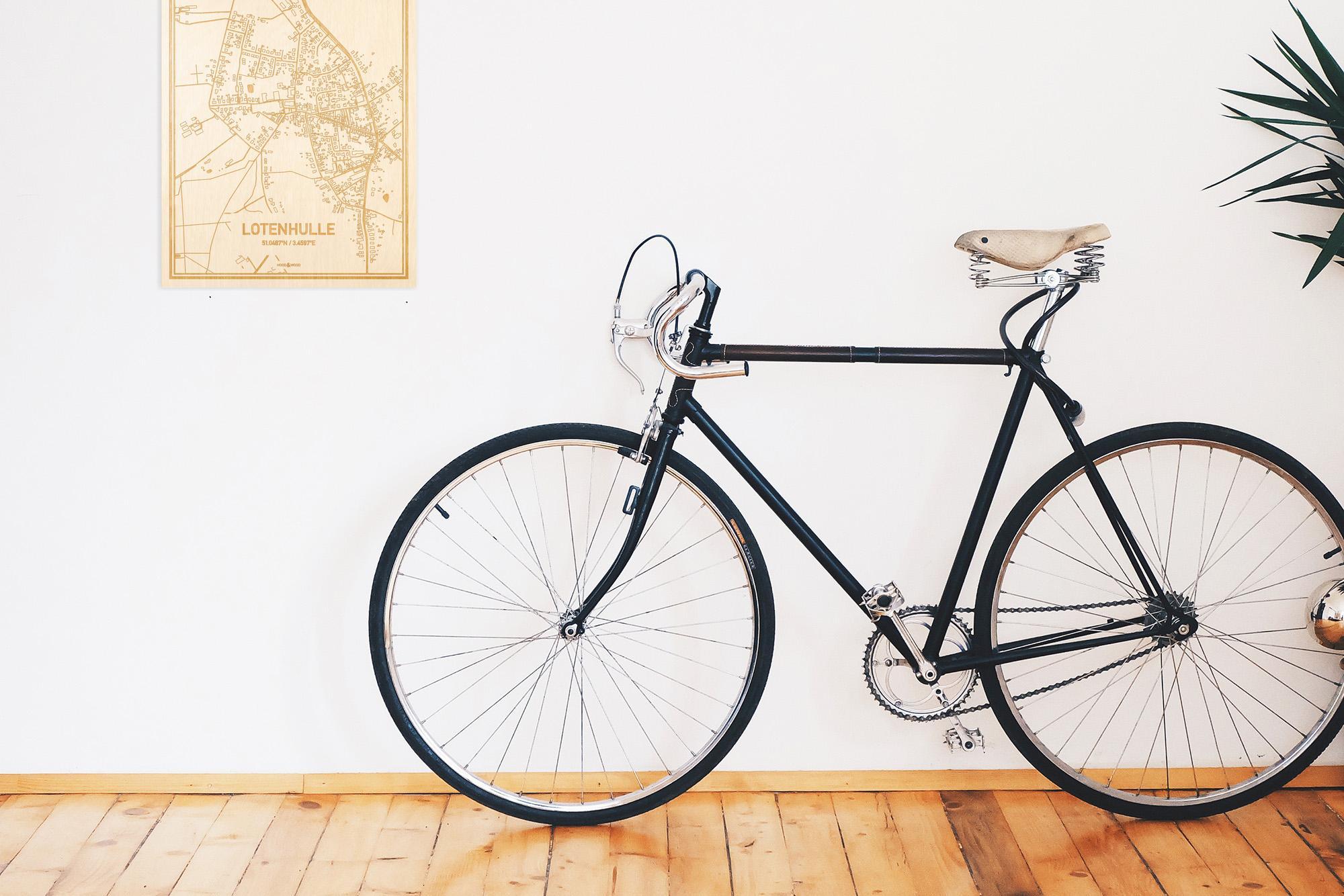 Een snelle fiets in een uniek interieur in Oost-Vlaanderen  met mooie decoratie zoals de plattegrond Lotenhulle.