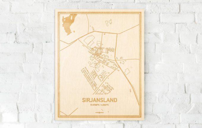 De kaart Sirjansland aan een witte bakstenen muur. Prachtige persoonlijke muurdecoratie. Lasers graveren Sirjansland haar straten, buurten en huizen waardoor een schitterende plaats in Zeeland mooi in kaart gebracht wordt.